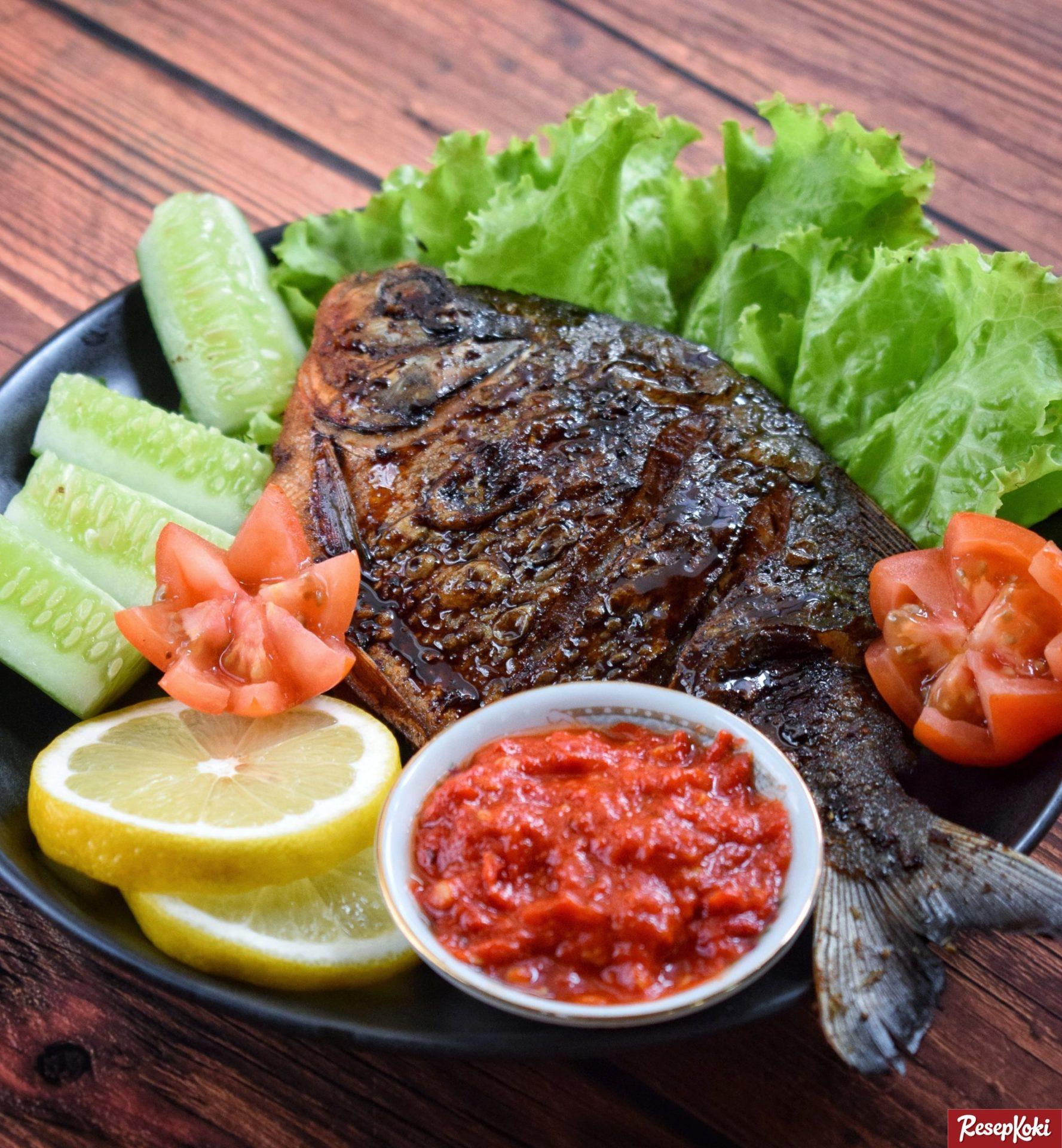 Ikan Bawal Bakar Enak Praktis Bebas Amis - Resep | ResepKoki