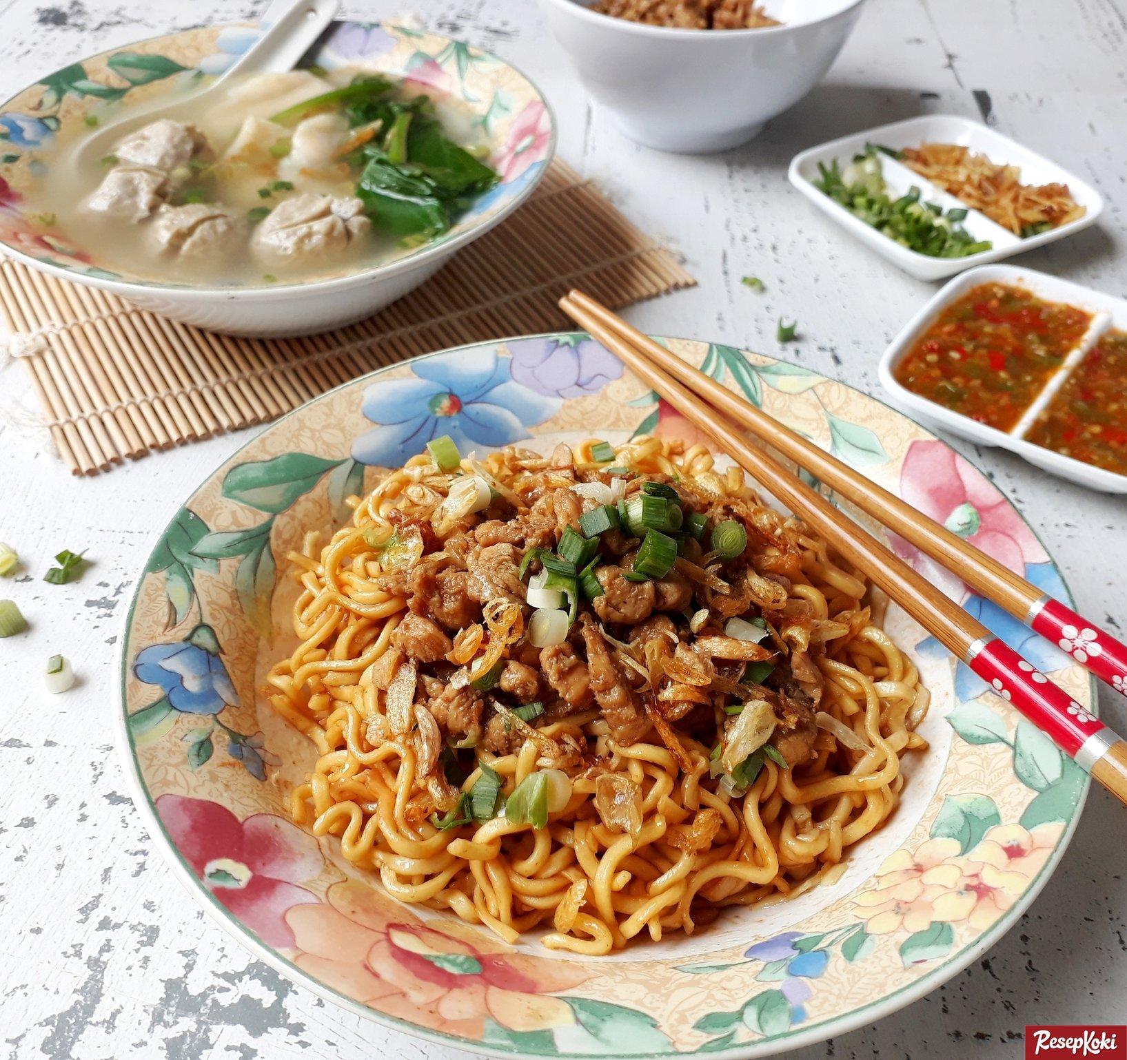 10 makanan unik khas bandung iniyangbaru portal mie yamin